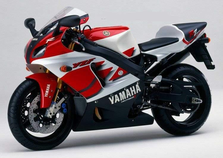 Passionate Riding: Yamaha YZF-R7