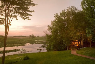 romantic michigan bed and breakfast