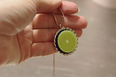 crafty jewelry: interchangable magnetic necklace tutorial