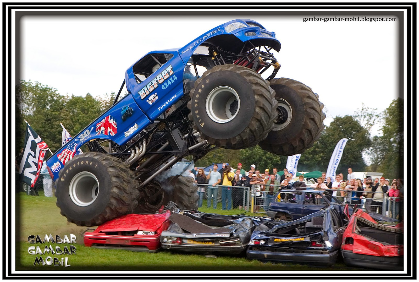 foto mobil truk balap