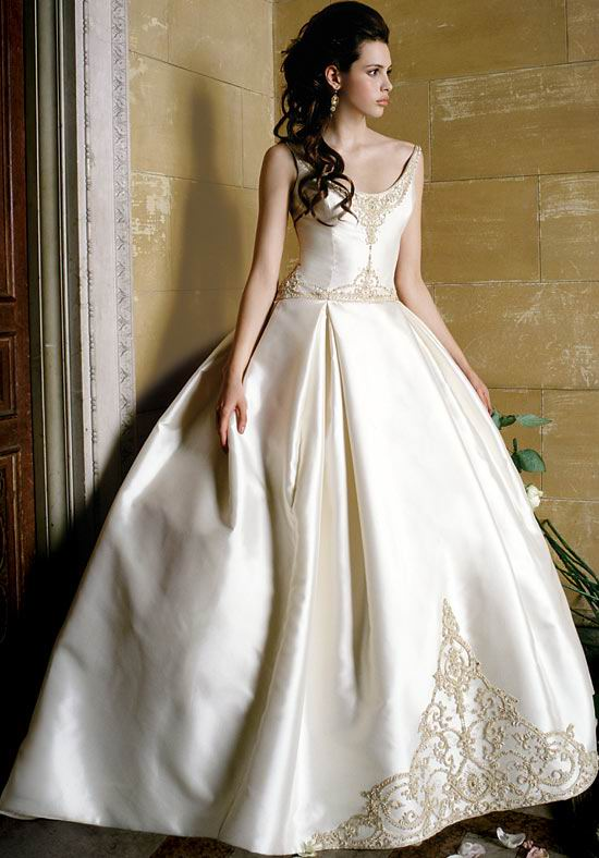Wedding Gowns With Designs : The best wedding dress designs ideas