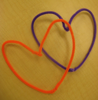 photo of: Pipe Cleaner Hearts, Structure for Heart Weaving