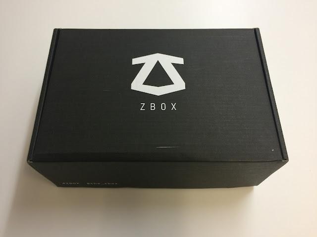 Analizamos la caja 'ZBOX Rebelde' repleta de merchandising