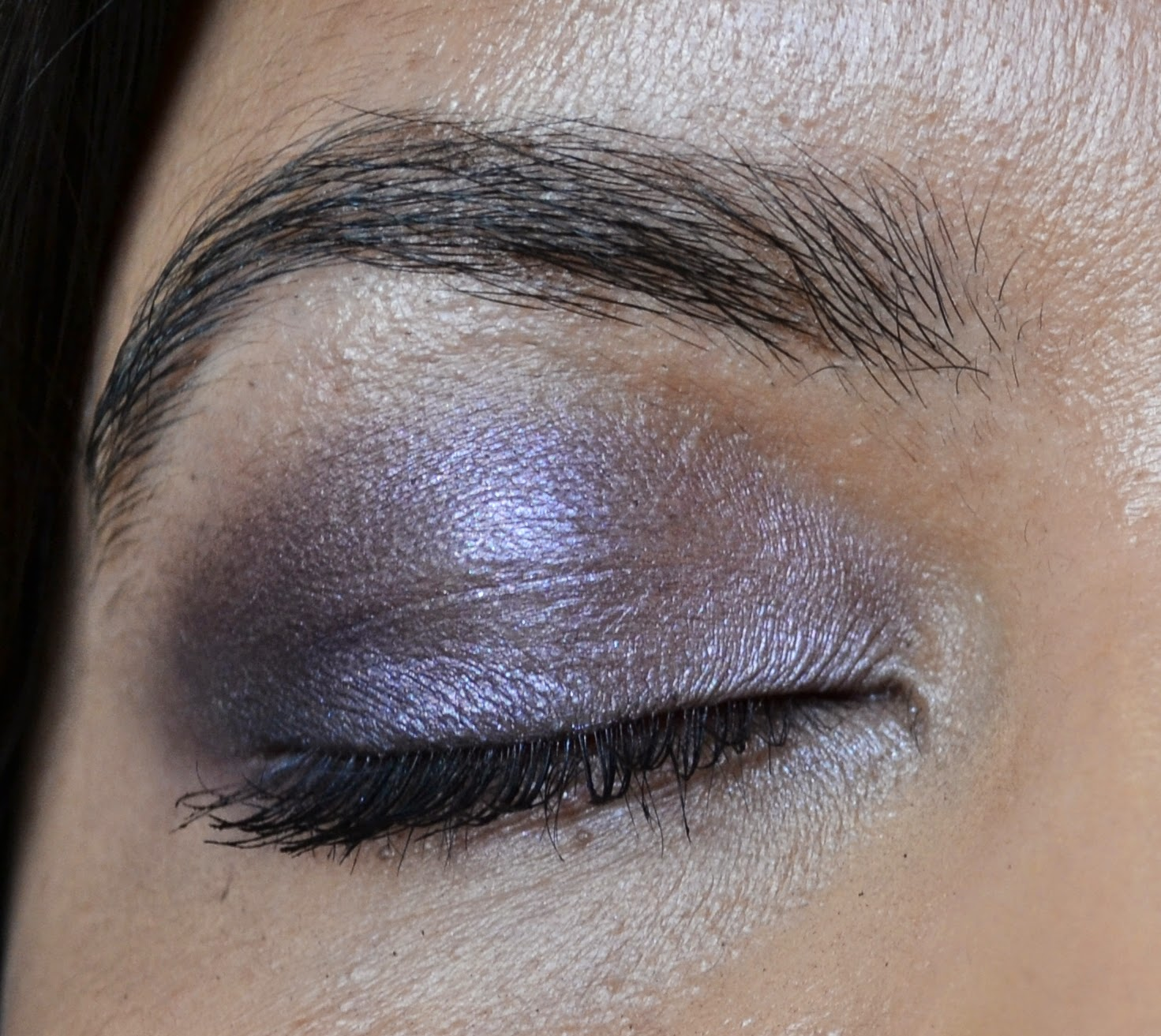 Estee Lauder Sculpting EyeShadow 5-Colour Palette in Envious Orchid Swatch - Aspiring Londoner