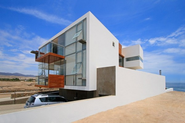 lima Contemporary Residence