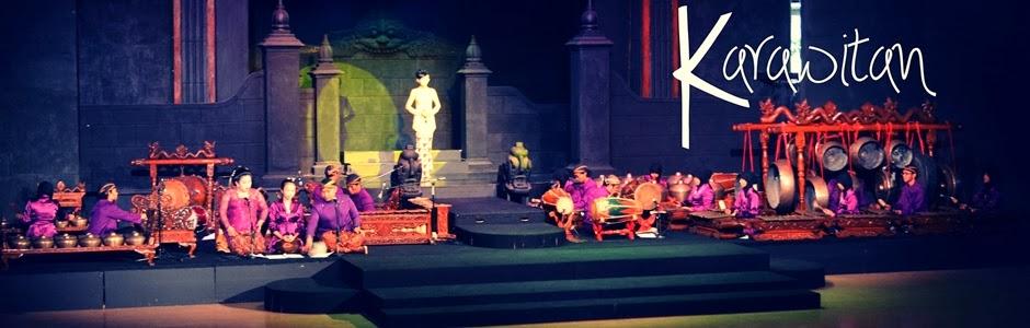 Tim Karawitan UKJGS mengiringi Ramayana Ballet di Teater Tri Murti Prambanan