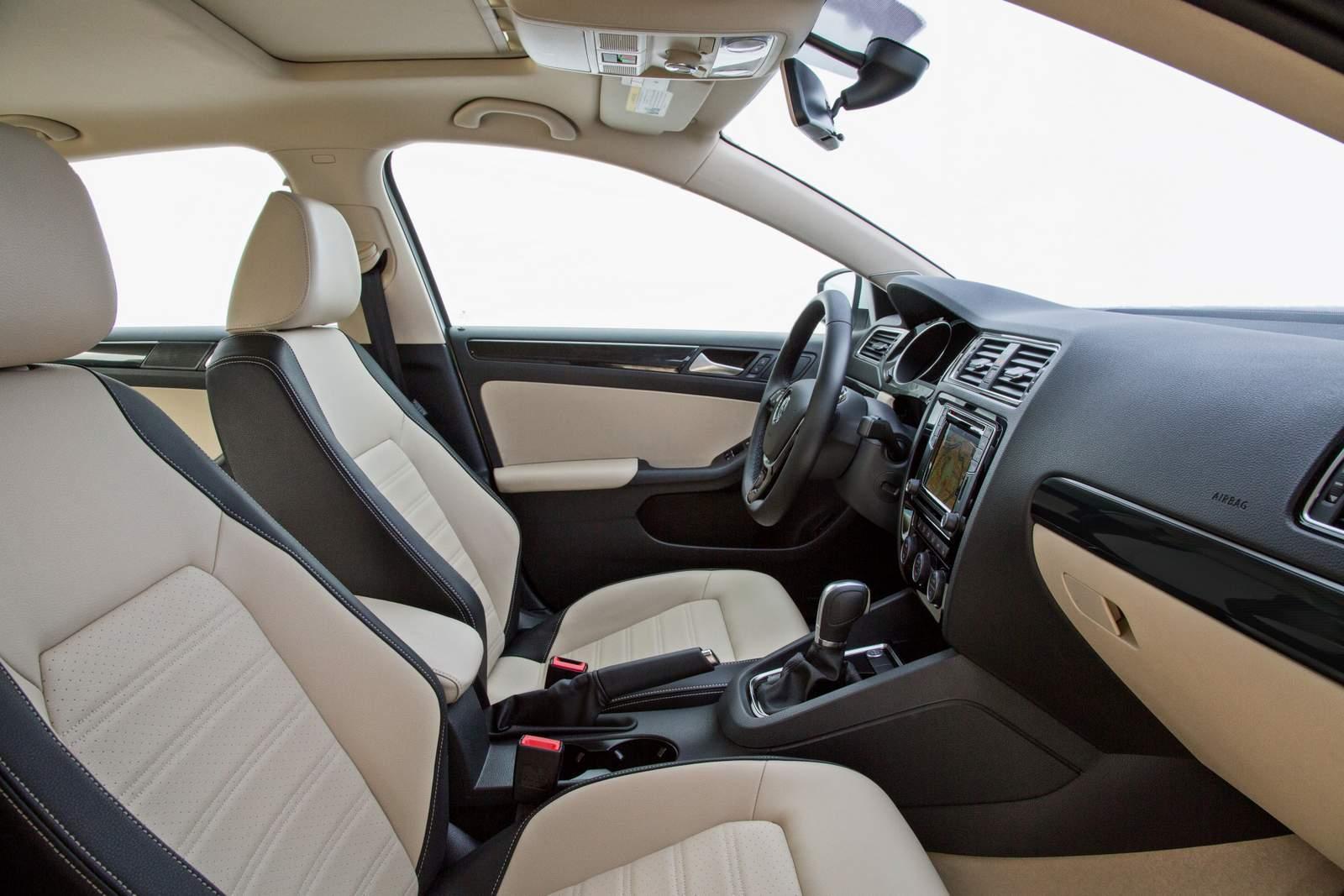 VW Jetta 1.4 TSI AT6 x Toyota Corolla GLi 1.8