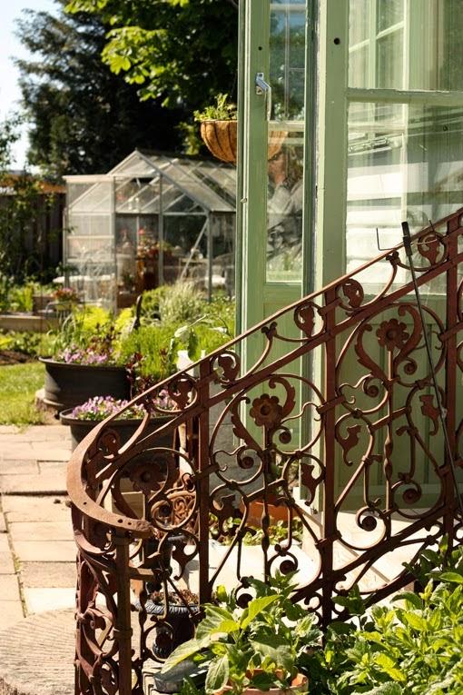 Rubens Rabatter skriver om Sanda Cottage: