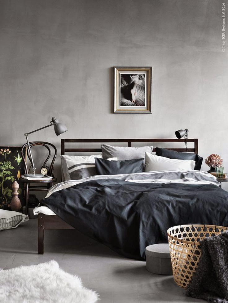 Silla thonet como mesita dormitorio