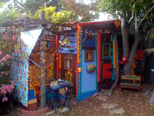 Fort A Day Funky N 39 Klunky An Artists Shed Fort Hippie