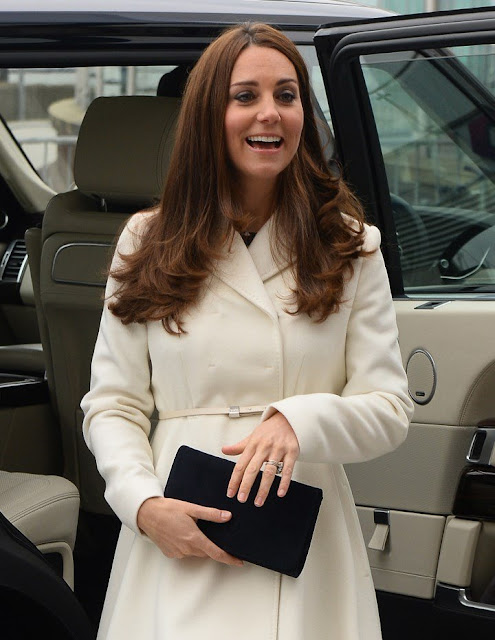 Kate Middleton visits Portsmouth- Wore - Style - Dresses Shoes - Coat