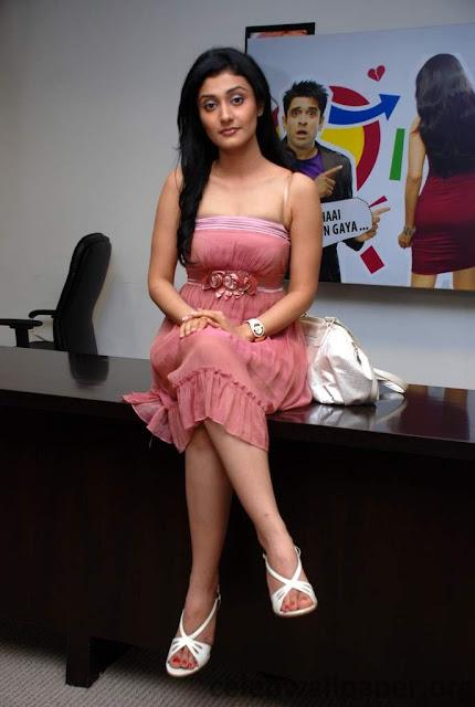 Ragini Khanna Perfect Body Look