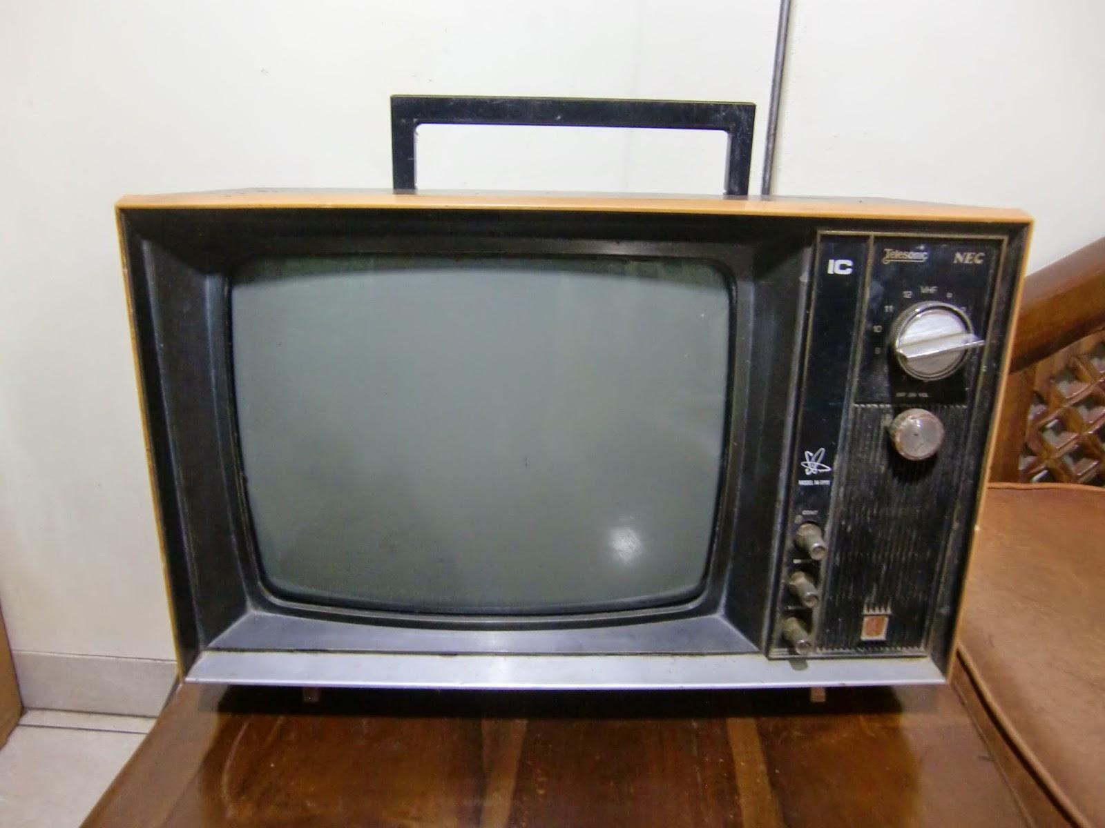 Cilegon Antik Televisi Jadul Vintage Bw Telesonic Model 14