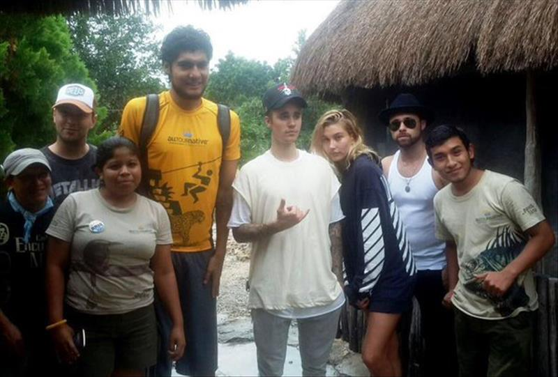 Justin Bieber se relaxant dans la Riviera Maya