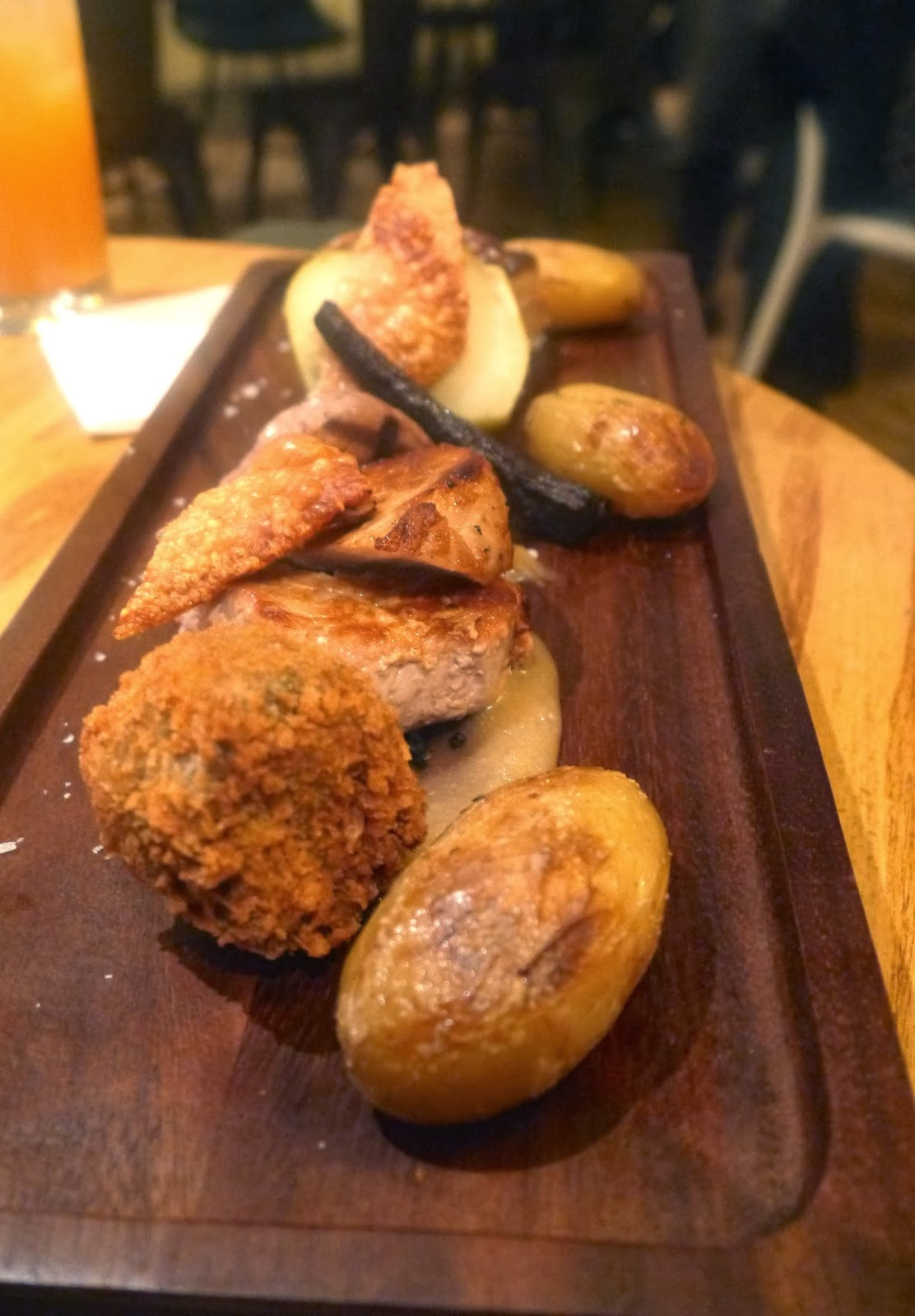 Plank of Pig - exactly as it sounds, plenty of crackling and black pudding.