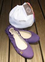 http://www.castanna.com.br/pd-a9aa3-sapatilha-sarja-violeta.html?ct=5b361&p=1&s=1