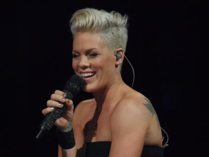 p!nk 2014 hair  Tina Majorino 2013 Haircut I