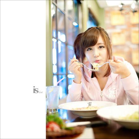Makan Siang Bersama Ryu Ji Hye 03
