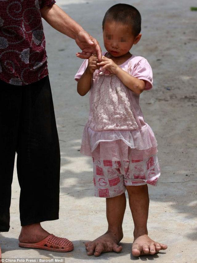 Chinese girls in palma de mallorca - 3 1