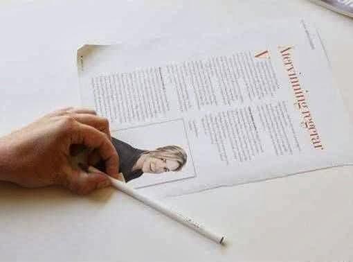 kerajinan tangan dari kertas , pot bunga dari kertas koran bekas