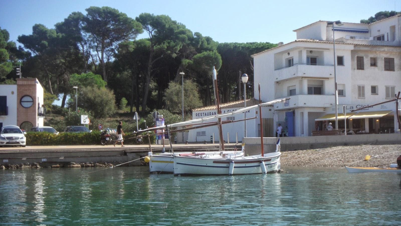 Sortim de la platja del port de la clota - Pesca i caiac Costa Brava - L'escala