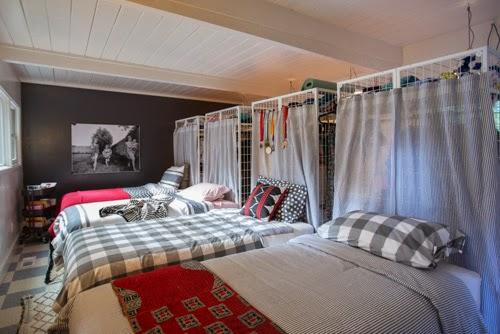 decoracao-quarto-quatro-camas-roupa-cama