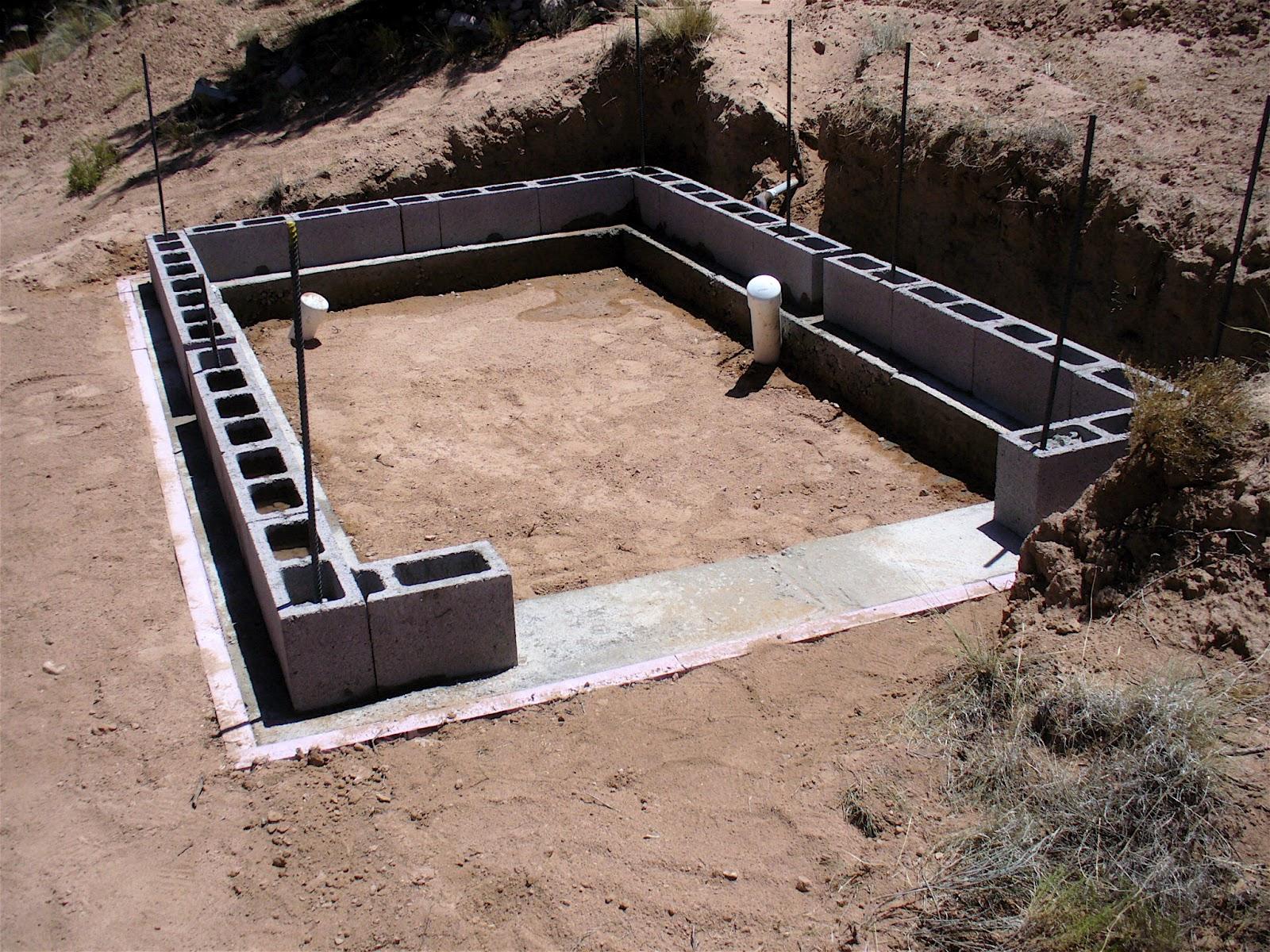 Alt Build Blog Building A Well House 1 Rubble Fill