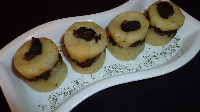 Timbal de patata y morcilla
