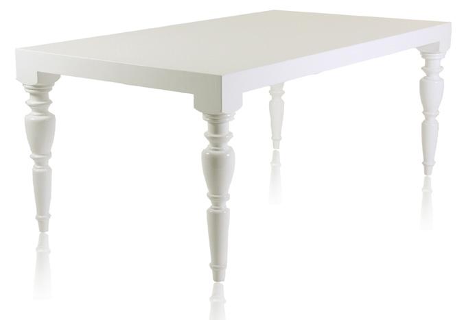 the modern sophisticate modern baroque furniture by modani. Black Bedroom Furniture Sets. Home Design Ideas