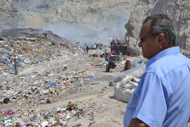 Alcalde inspeccionó vertedero de basura ante limitación de acceso
