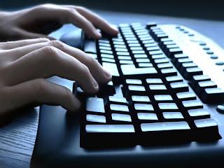 تعلم الكتابة السريعة على لوحة المفاتيح إلى درجة بدون النضر