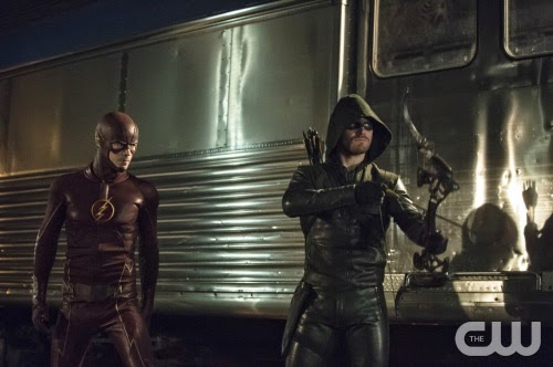Flash Vs Arrow Barry Oliver Grant Gustin Stephen Amell photos pics screencaps crossover comic book episodes