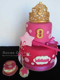 bolo cupcakes e cake pops doces opções