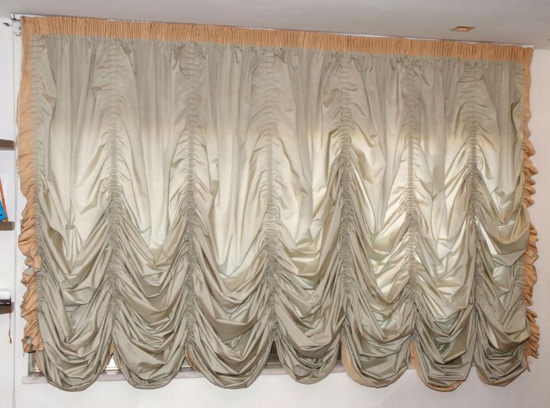 Austrian curtain 2