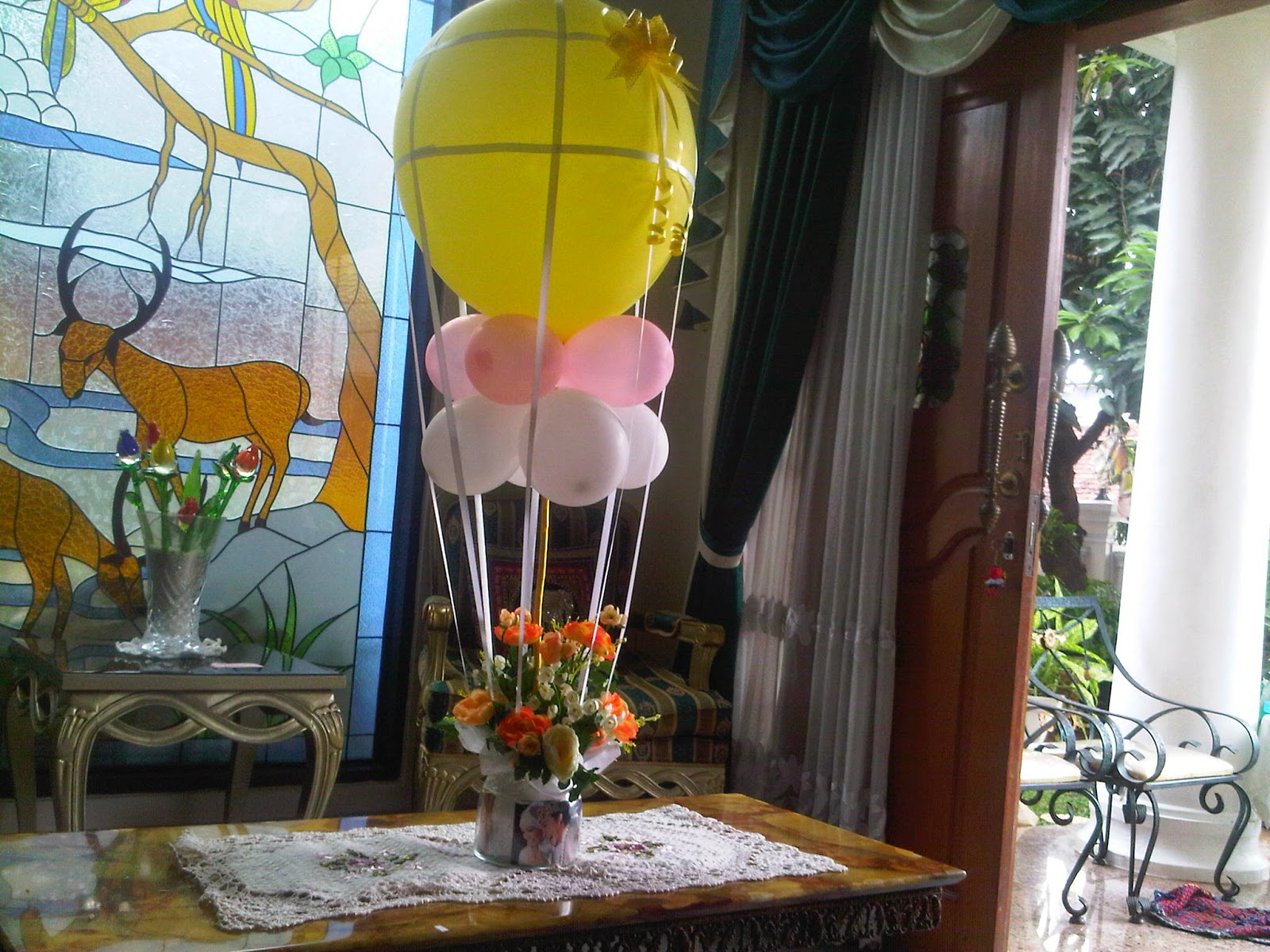 Hot air Birthday Balloon Bouquet