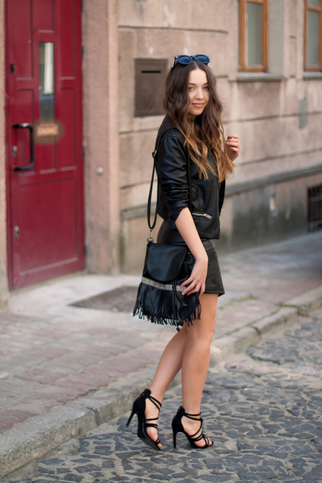 leather look fashion blog skóra