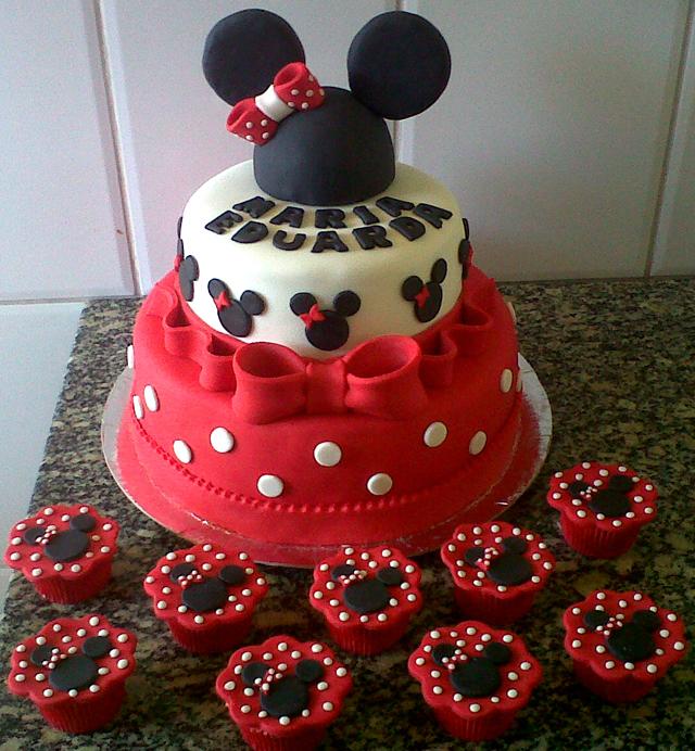 Bolo Minnie E Mickey E Cupcakes