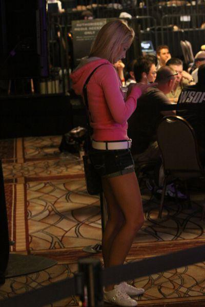 sexy poker women 640 02 [Gambar] Pemain Poker Wanita Yang Cantik Dan Seksi