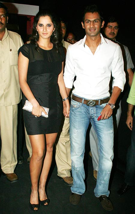 Sania Mirza and Shoaib Malik Photos http://www.hdwallpaperz.in