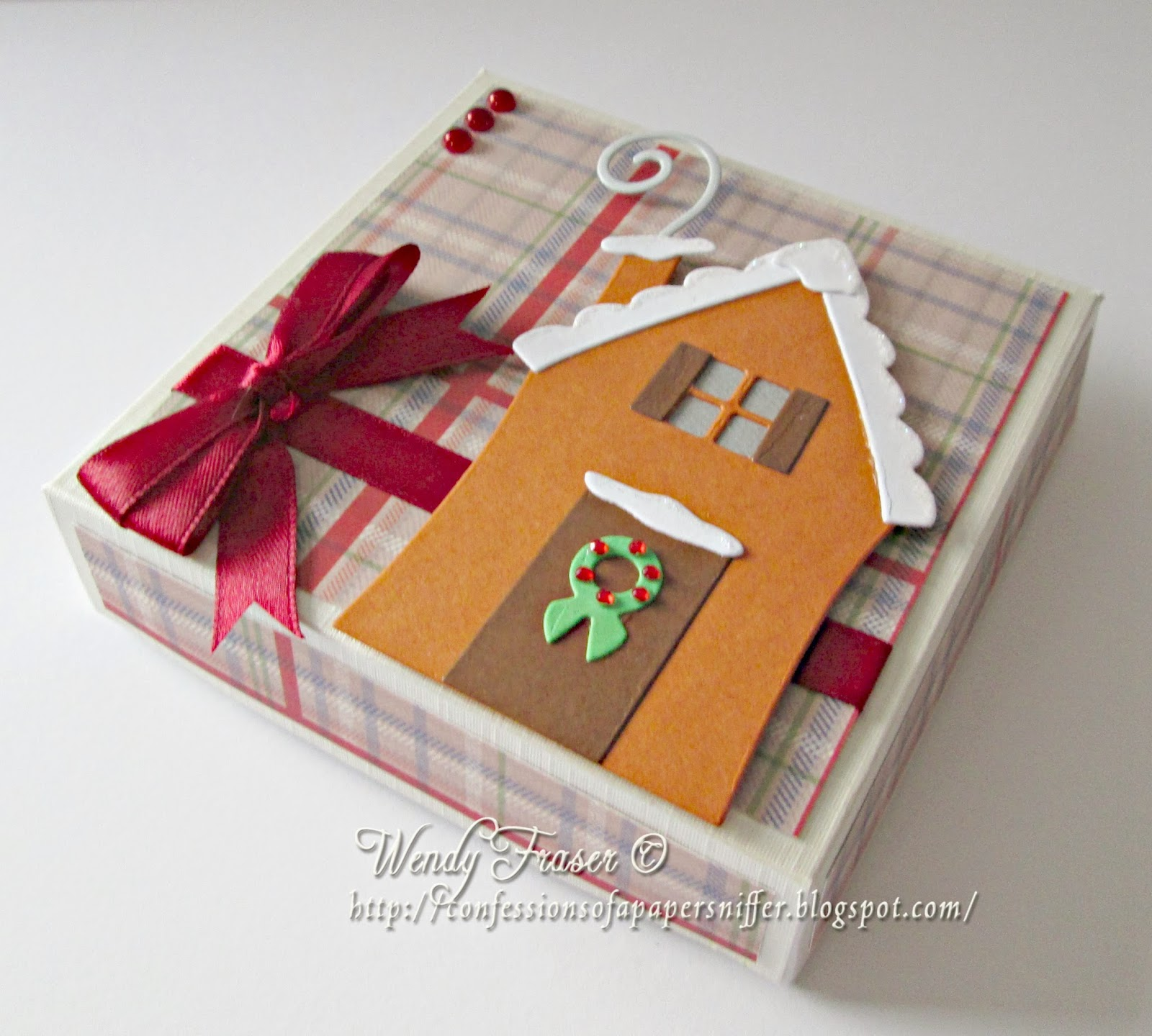 Confessions of a Papersniffer: Gingerbread House Gift Box