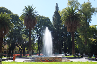 Mendoza Plazas - fountains and palm trees