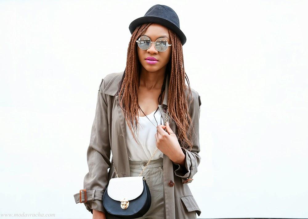 Nigerian blogger Modavracha