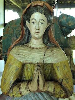 Nossa Senhora da Conceição, em madeira policromada. Século 17 ou 18 - Museu das Missões, São Miguel das Missões.