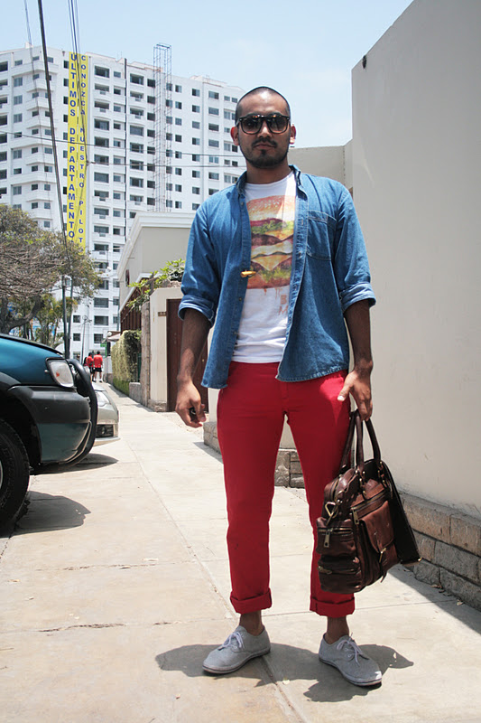 STREETSTYLE | Red Red Pants