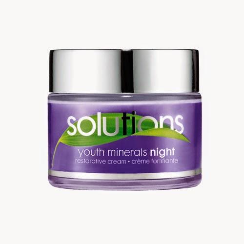 Crema da notte Youth Minerals di Avon Solutions