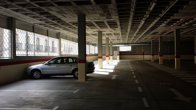Interior del parking de El Murallón