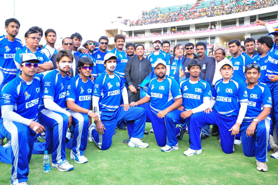 Celebrity Cricket League - 9,760 Photos - Sports Club ...