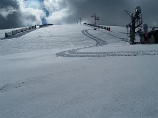 Imagen nevada de la estación de esqui sierra de Béjar la Covatilla