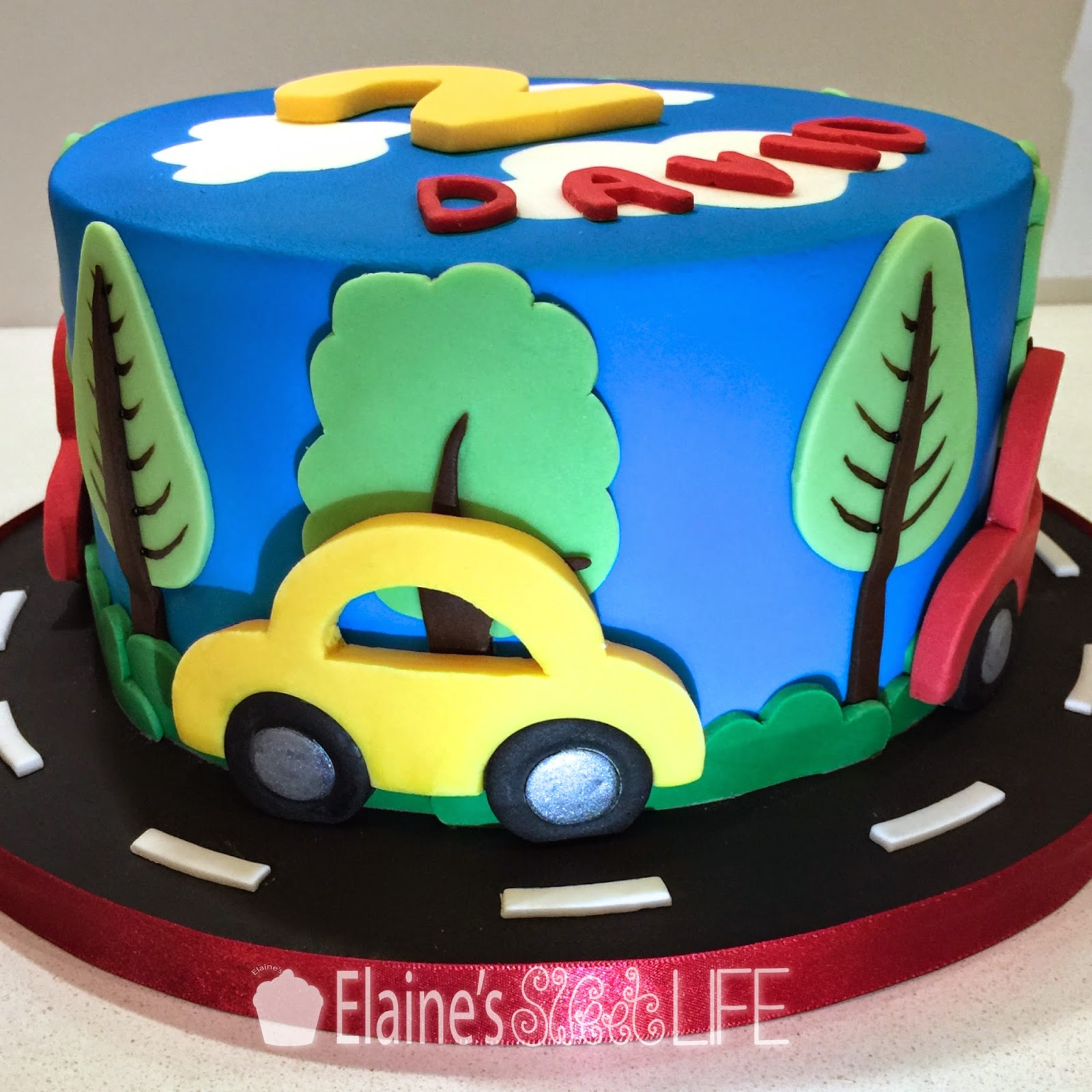 Car Cake Images Download : Elaine s Sweet Life: How to Decorate a Car Cake {Tutorial}