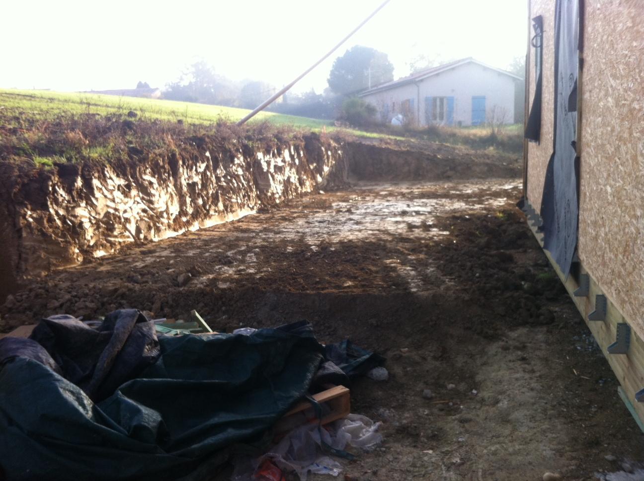 L 39 homme des bois terrain en pente for Prix terrassement terrain en pente